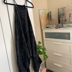 charcoal acid washed flowy boho relaxed dress 🖤